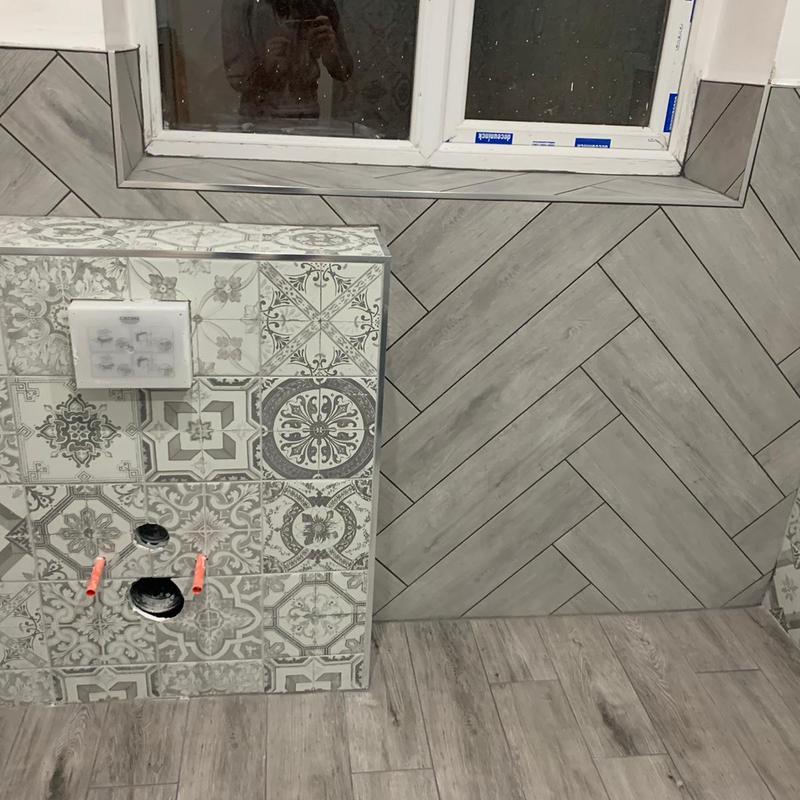Image 102 - First floor guests bathroom tiling