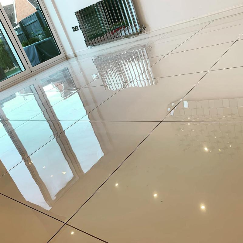 Image 90 - 50 m2 white polished porcelain tiles fitted in Solihull