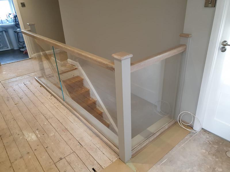 Image 44 - Glass staircase