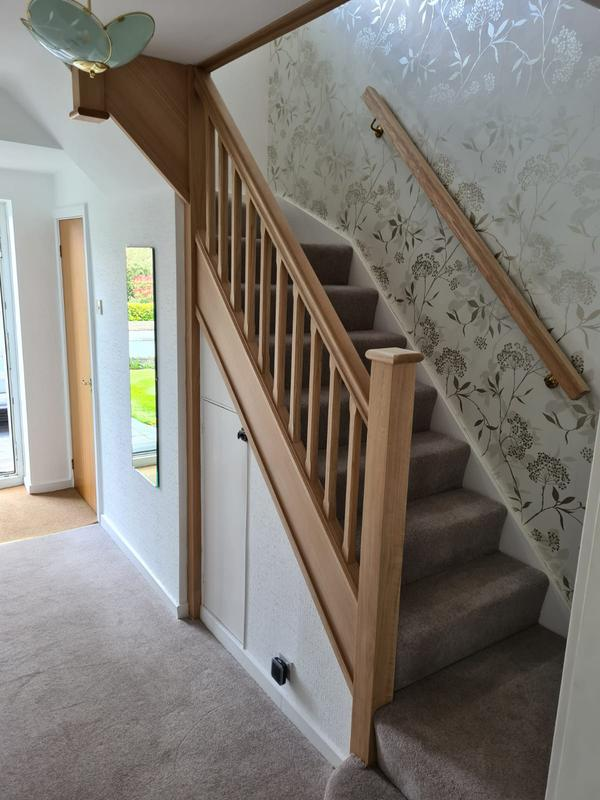 Image 32 - Oak staircase
