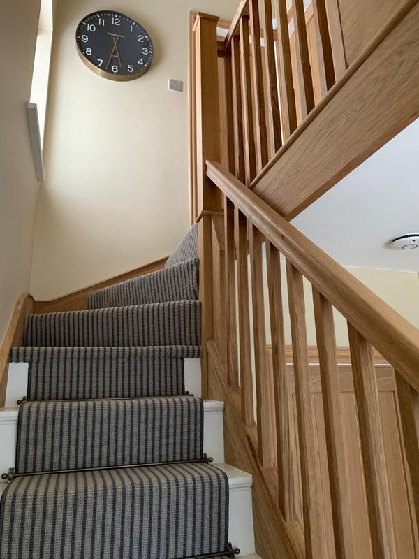 Image 36 - Oak staircase