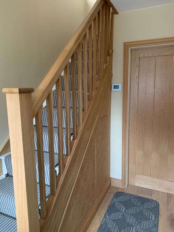 Image 35 - Oak staircase