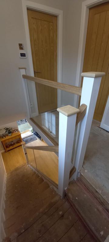 Image 7 - Staircase Glass balustrades