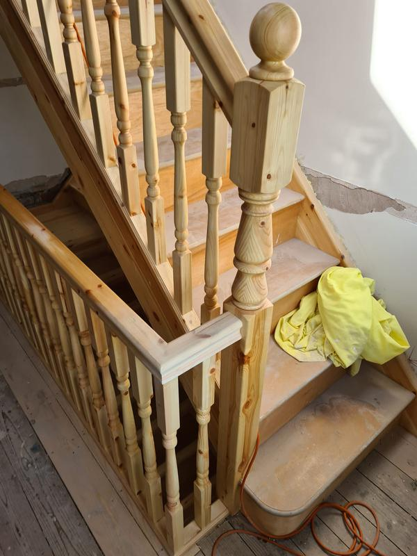 Image 24 - Wooden staircases