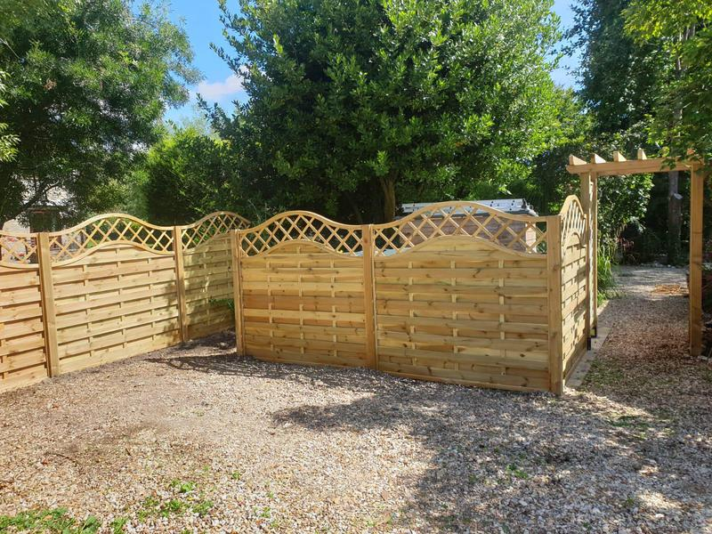 Image 53 - Windsor style panel fencing with new Cotswold archway, Sydling St Nicholas
