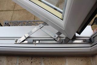 Image 44 - Window Hinges