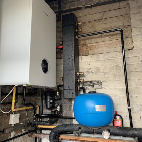 Image 3 - Worcester Bosch Life 8000 35Kw system boiler & a low loss header