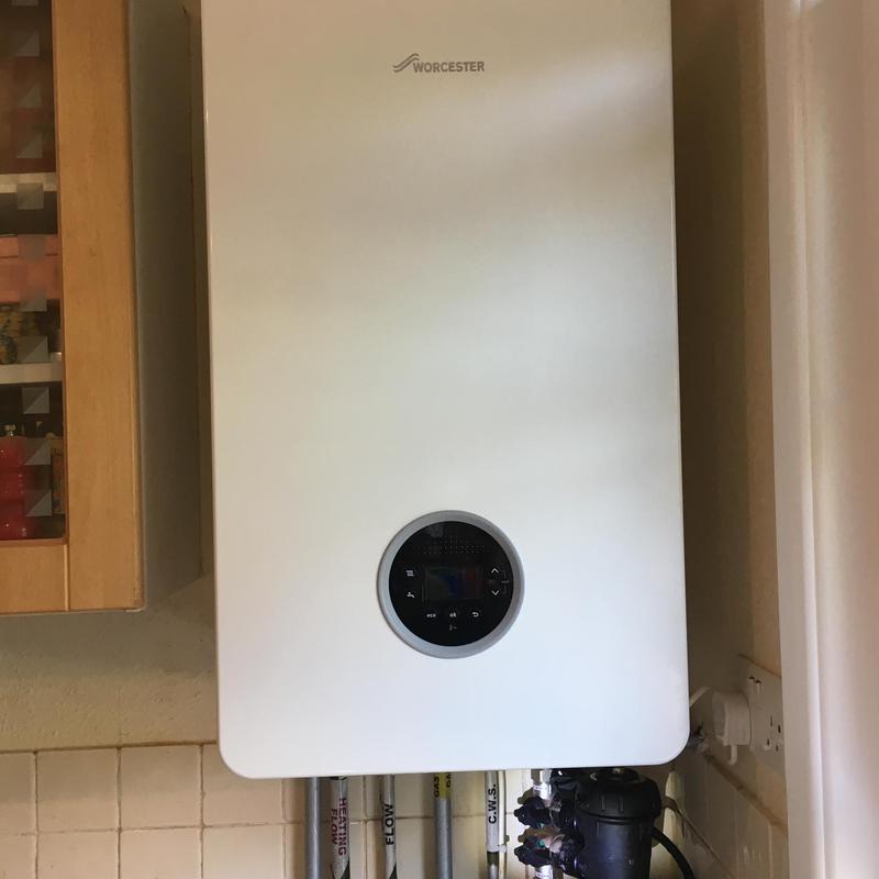 Image 6 - Worcester Bosch Life 8000 40Kw Combi Boiler