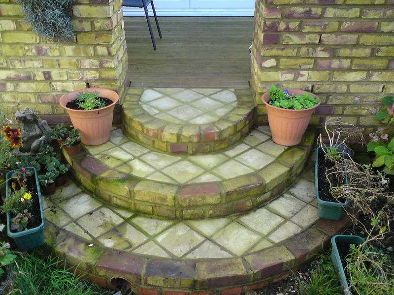 Image 15 - steps wall planter and decking