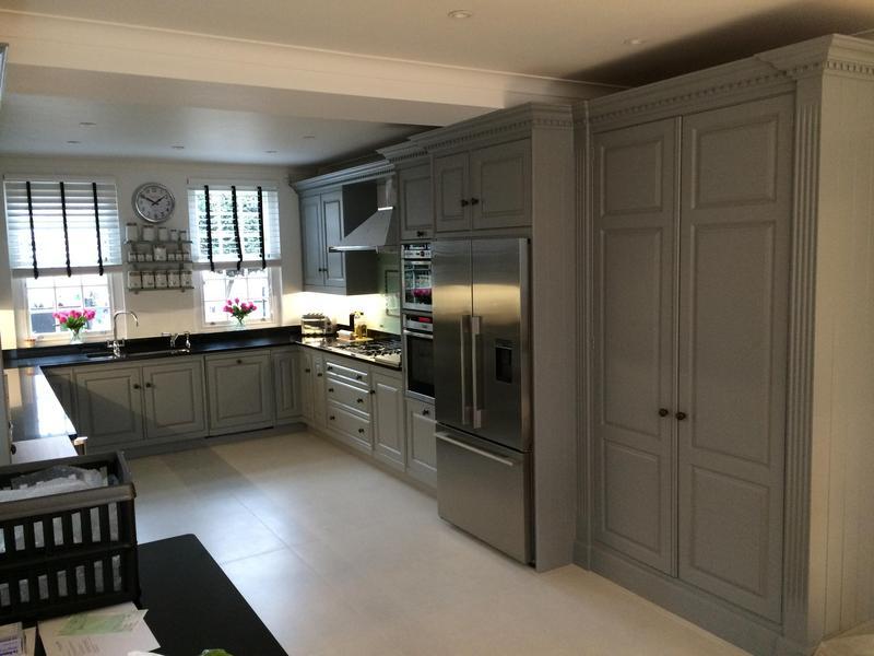 Image 39 - All cupboards prepared, 2 x Zinzeer primer, 1 x undercoat, 2 x oil eggshell
