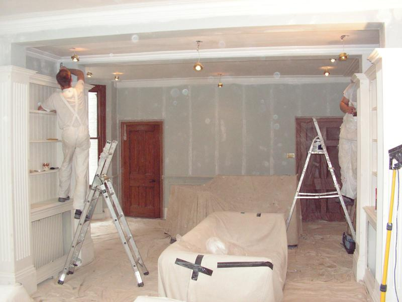 Image 7 - Sitting Room prepared and ready for decoration