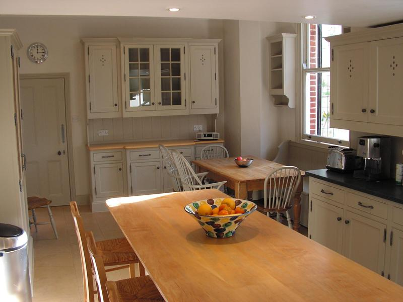 Image 41 - Ceiling and walls painted with Farrow & Ball Modern emulsion