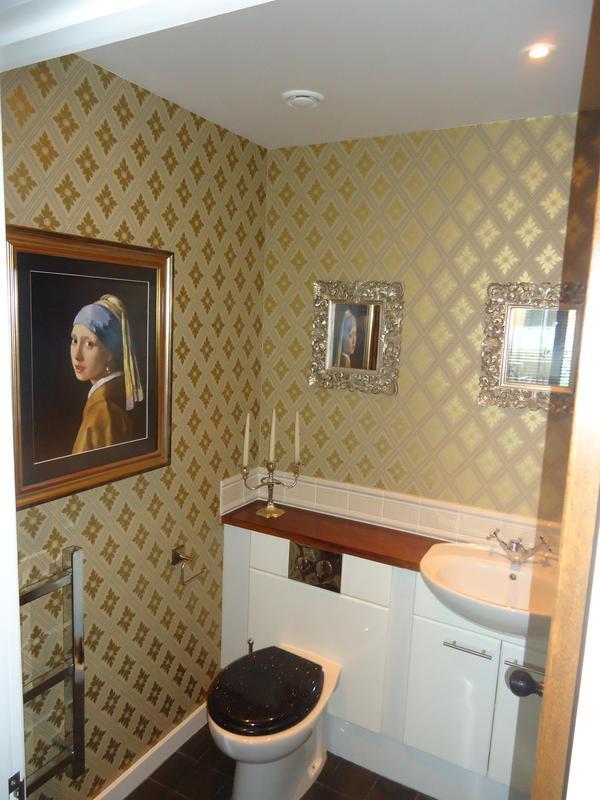 Image 47 - Vinyl wallpaper on the en-suite shower room