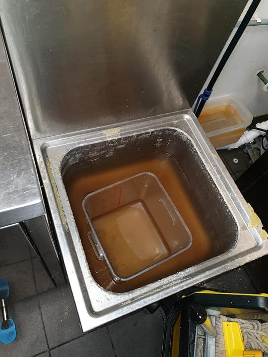 Image 9 - Blocked Sink - Before