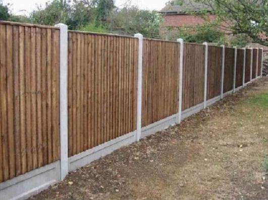 Image 42 - closeboard panels, concrete posts and gravel boards