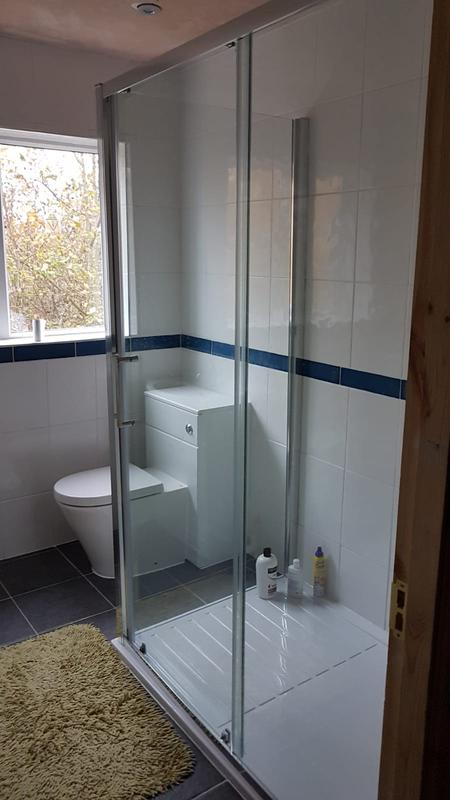 Image 43 - New ensuite shower room