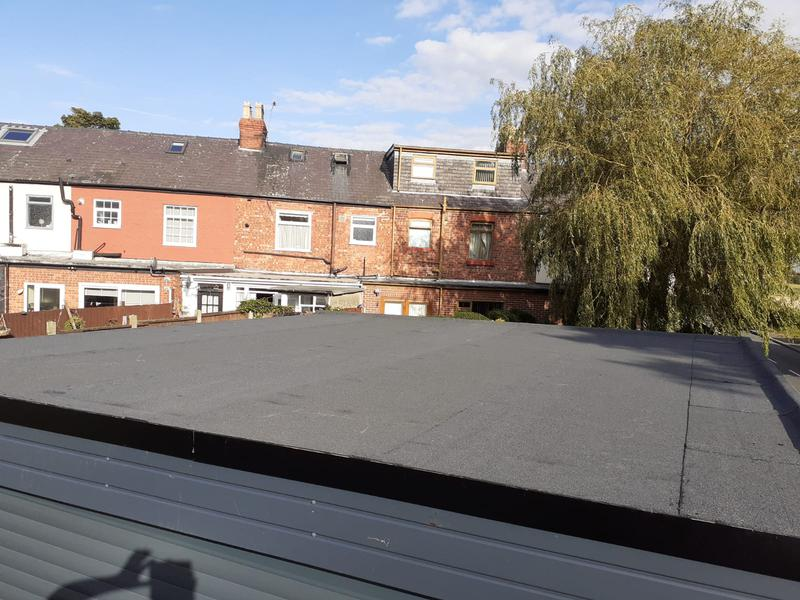 Image 7 - Finished felt roof, with powder coated finish edge trims for great visual looks