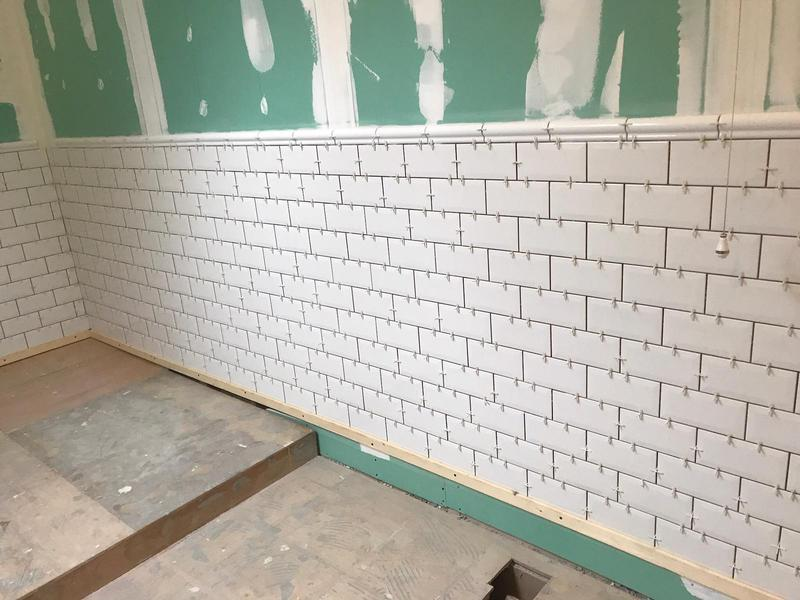 Image 33 - White brick tiling on a full bathroom re-fit out.