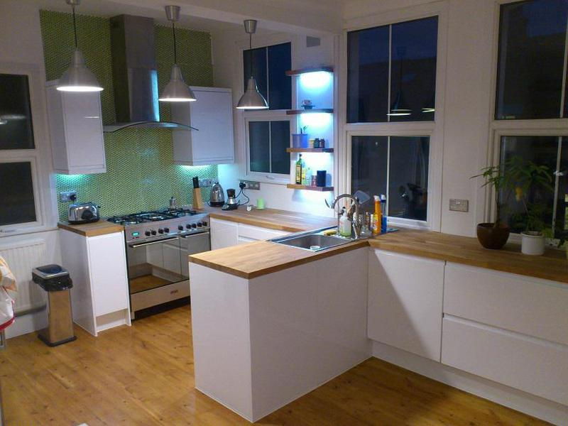 Image 39 - Kitchen,and solid wood floor